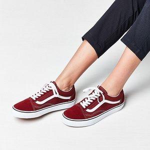NIB Women's Vans Old Skool Sneakers
